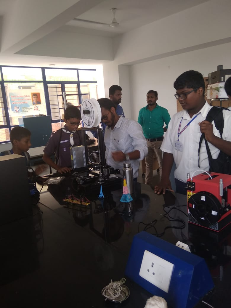 Robotics & Innovation Lab